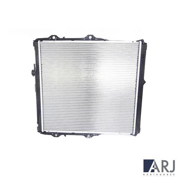 Radiador de Água Toyota Hilux SRV C/S/Ar Manual 2002/2005