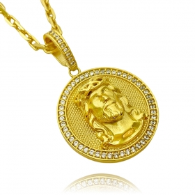 Corrente Cartier Cadeado 6mm 70cm (Fecho Canhão) (51,8g) +Pingente Medalha Rosto de Cristo Cravejado 3D (4cmX3,5cm) (15,2g) (Banho Ouro)