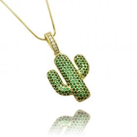 Pingente Cacto Verde Cravejado em Zircônia (3,1cmX2,4cm) (Banho Ouro 24k)