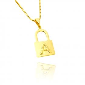 Pingente Cadeado de Letra (2,2cmX1,3cm) (Banho Ouro 24k) (Entre e Escolha a sua Letra)