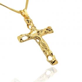 Pingente Crucifixo Vazado c/ Cristo (4,9cmX3cm) (Banho Ouro 24k)