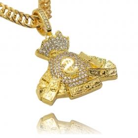 Pingente Malote de Dinheiro Cravejado (3,9cmX4,3cm) (15,4g) (Banho Ouro 24k)