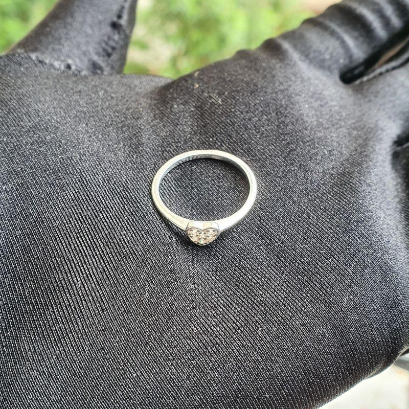 Anel Coração Pedras de Zircônia (Prata 925 Maciça)