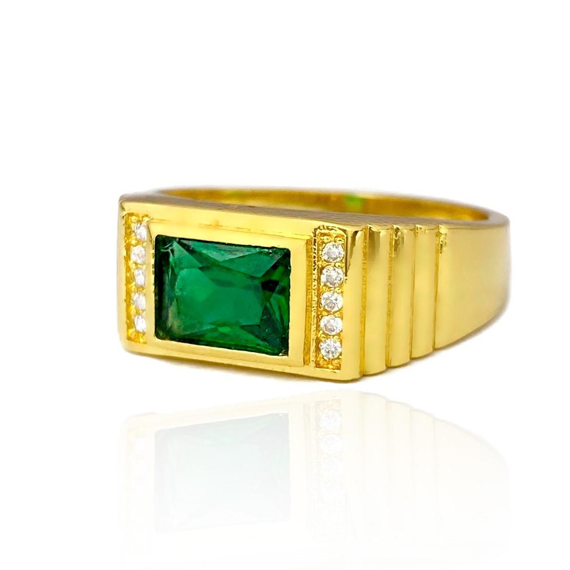 Anel Cravado com Pedra de Zircônia Verde 5g (Banho Ouro 24k)