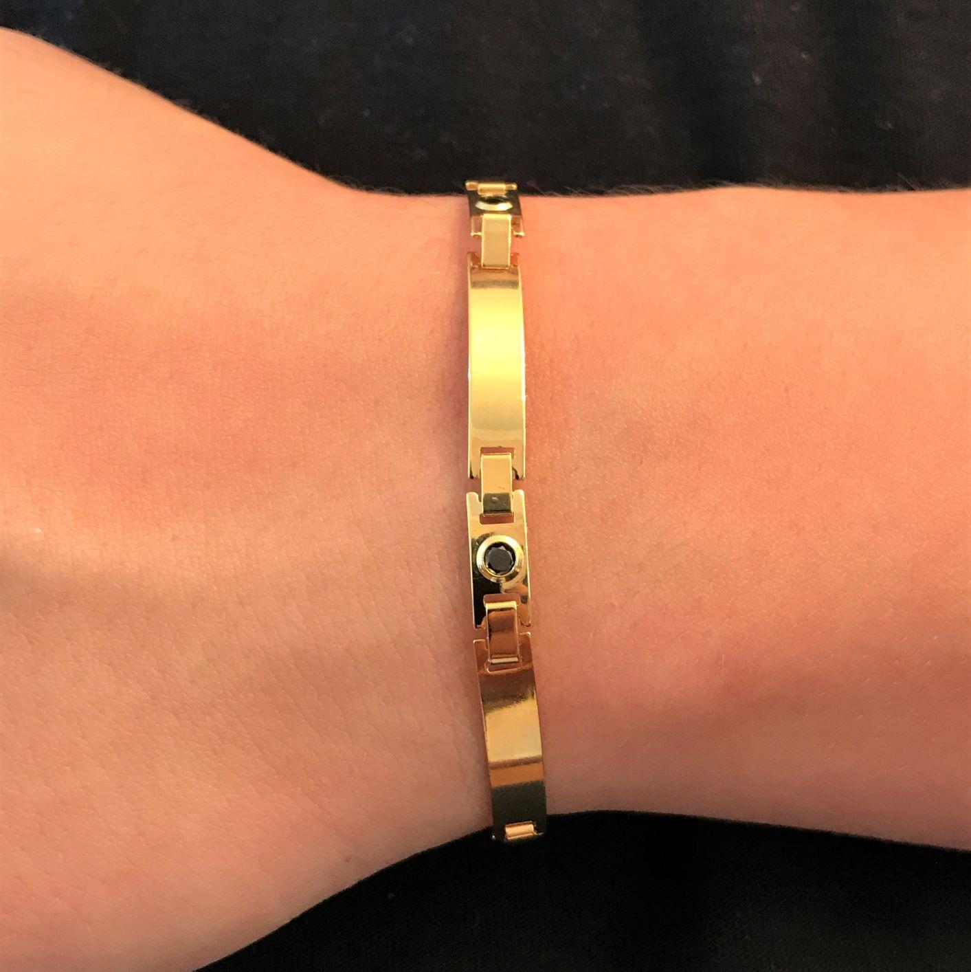 Bracelete Liso c/ Pedra Preta de Zirônia 5mm (Banho Ouro 24k)