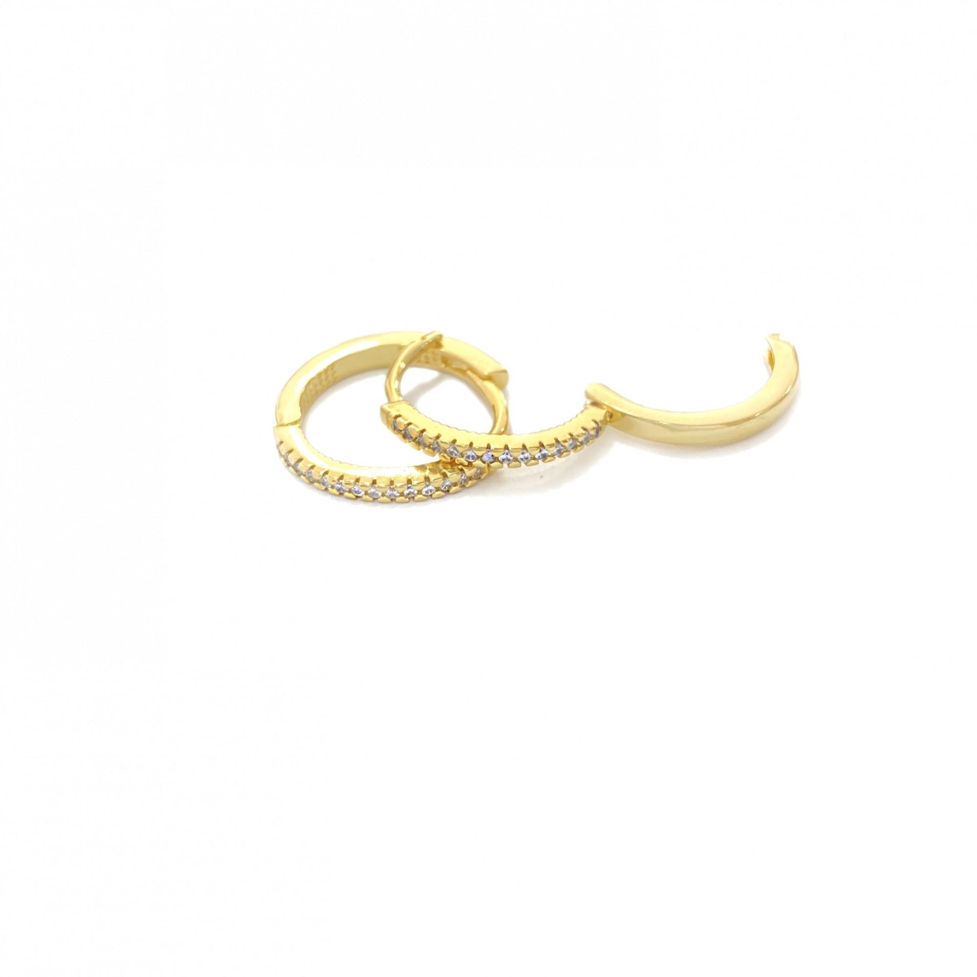 Brinco Argola 1 Fileira G Cravejado em Zircônia  (Banho Ouro 24k)