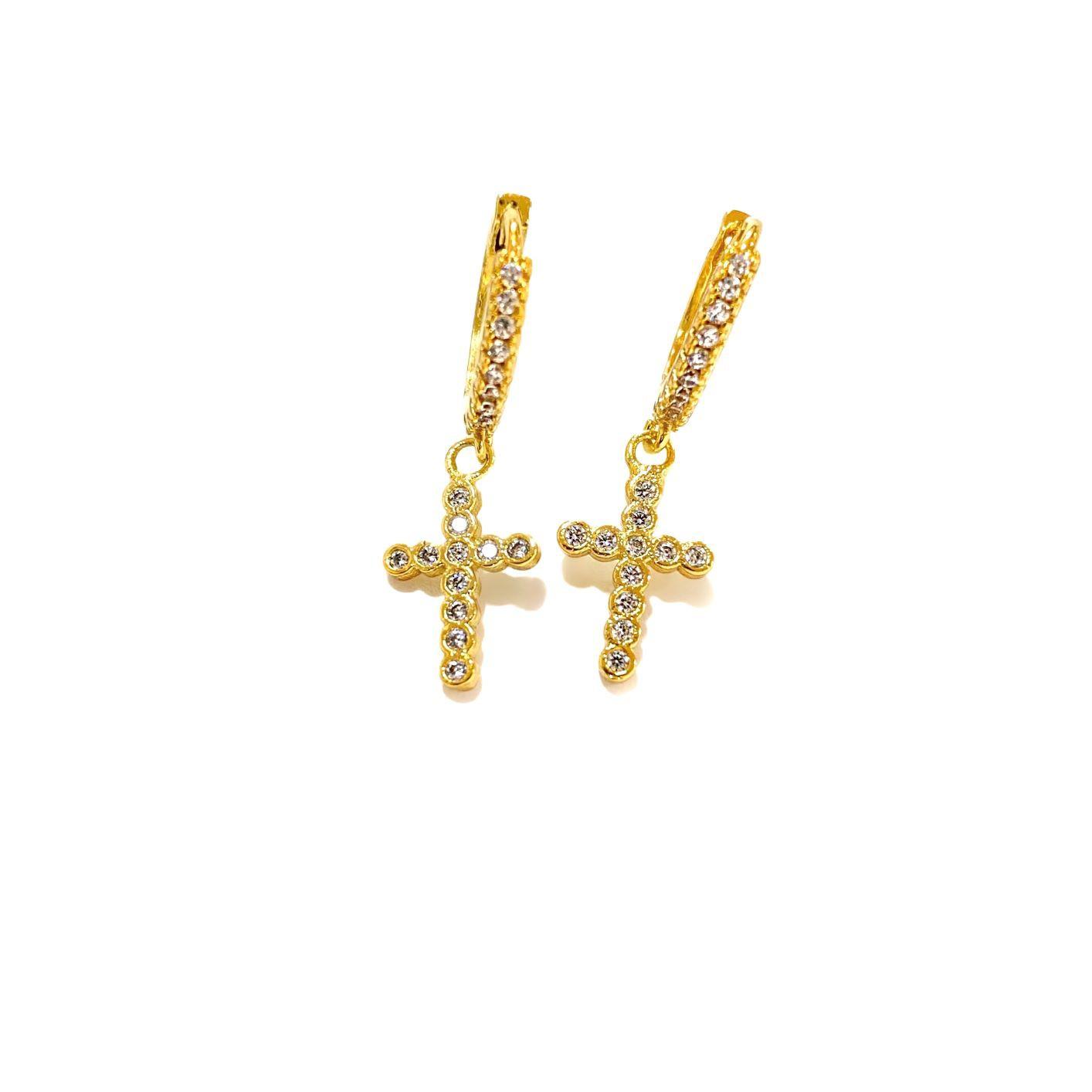 Brinco Argola com Cruz Cravejada em Zircônia (Banho Ouro 24k)