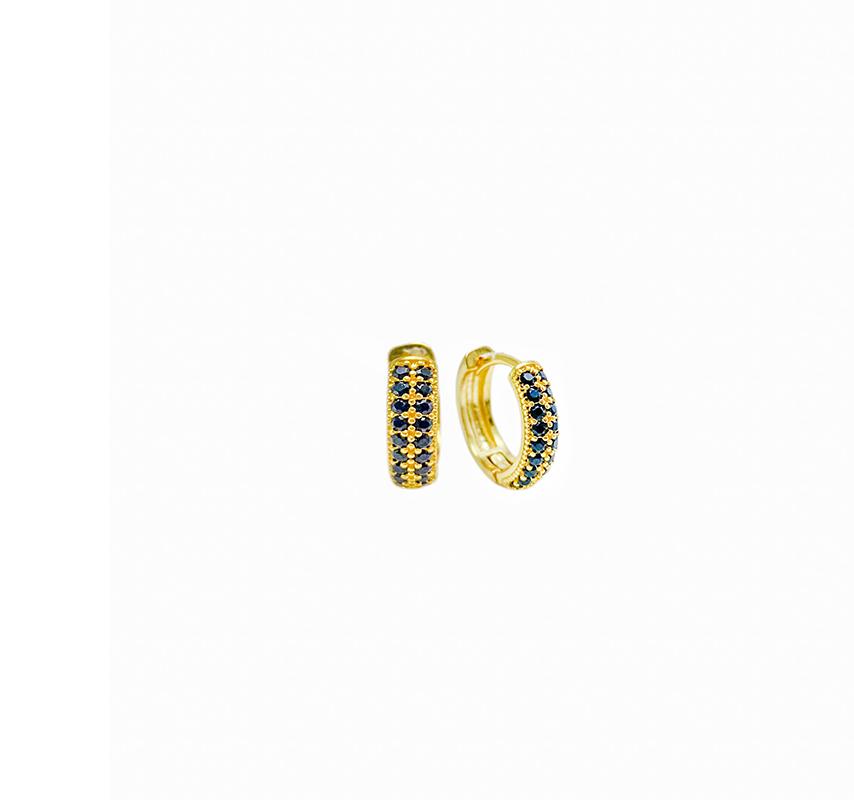 Brinco Argola Cravejada em Zircônia 18 Pedras Pretas (Banho Ouro 24k)