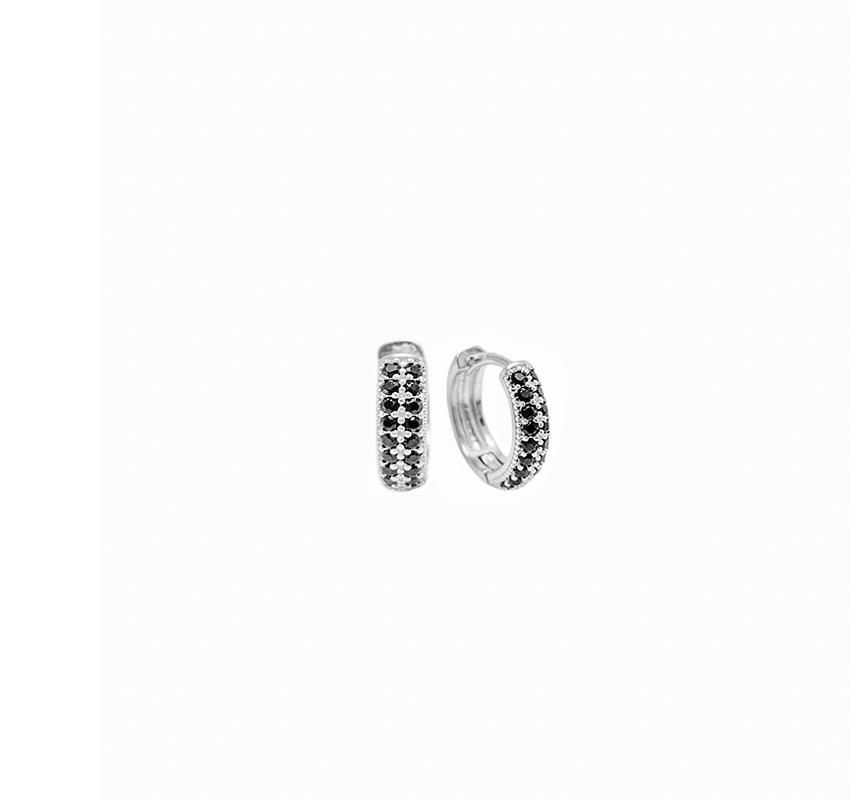 Brinco Argola Cravejada em Zircônia 18 Pedras Pretas (Banho Prata 925)
