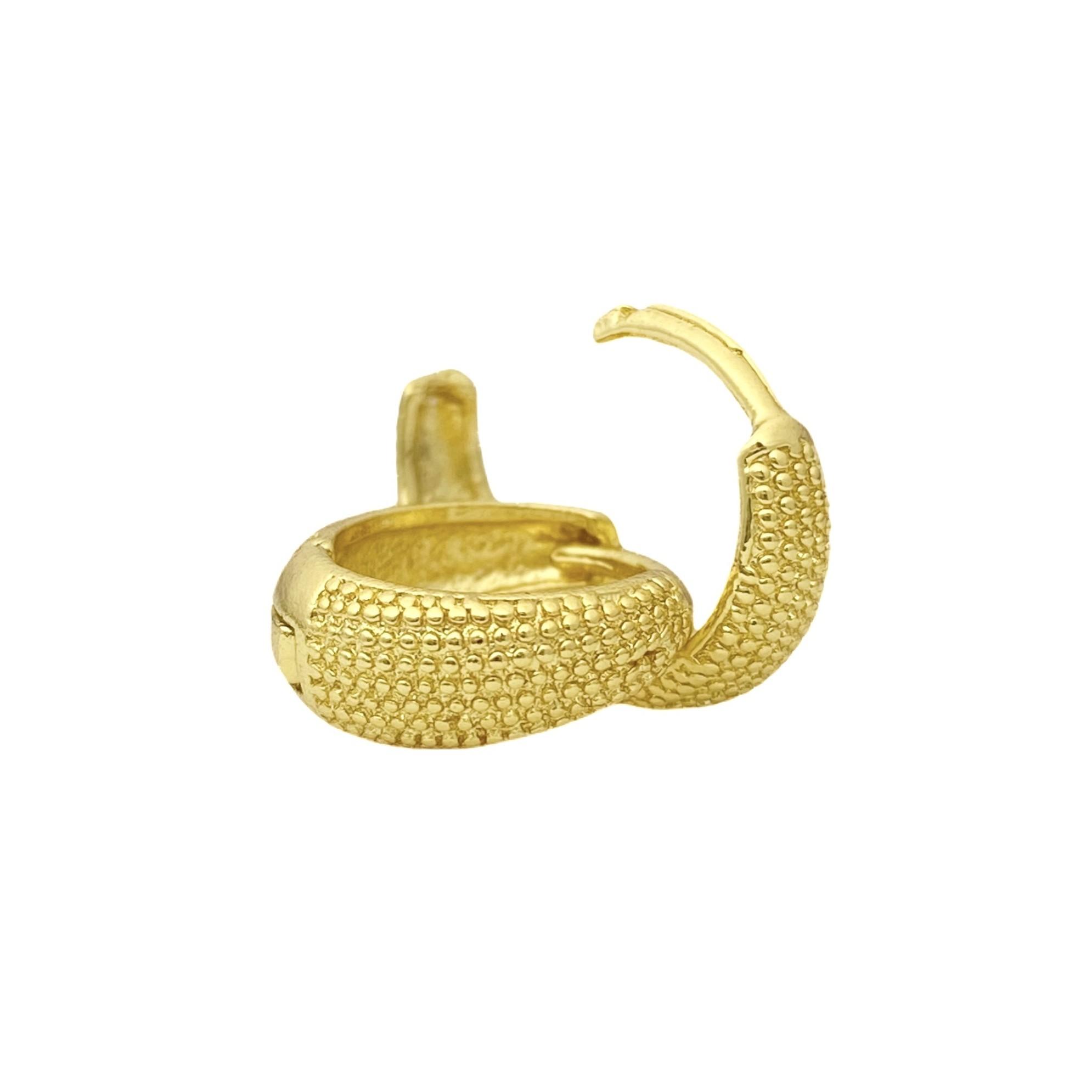 Brinco Argola Texturizado M (Banho Ouro 24k)