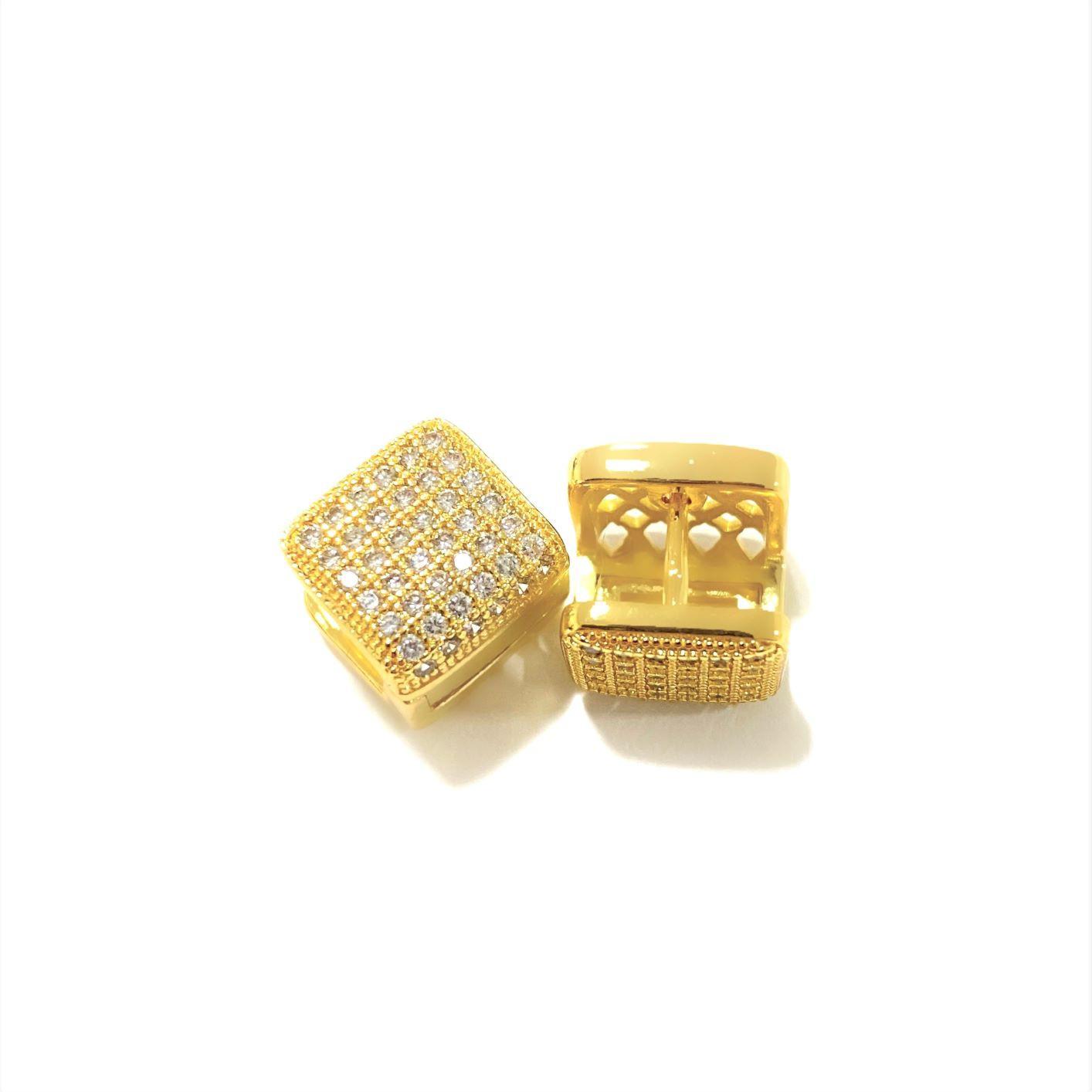 Brinco Click Quadrado 36 Pedras de Zircônia (Banho Ouro 24k)