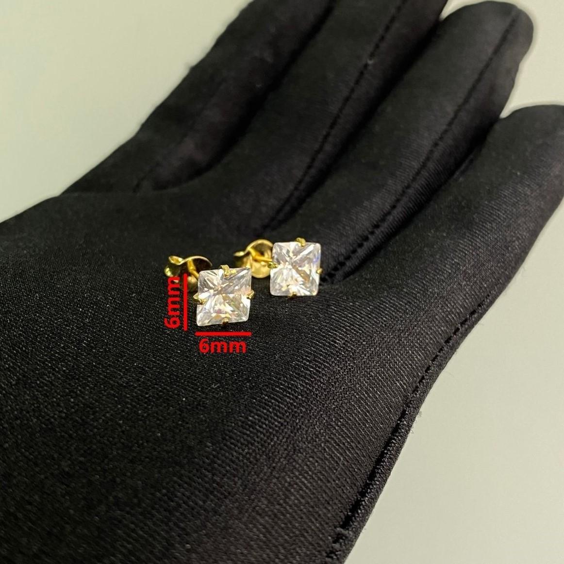 Brinco Pedra de Zircônia Quadrado (6mmX6mm) (Banho Ouro 24k)