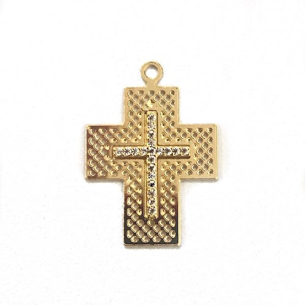 Pingente Crucifixo Vazado Cravejado em Zircônia 2,3cm X 1,9cm