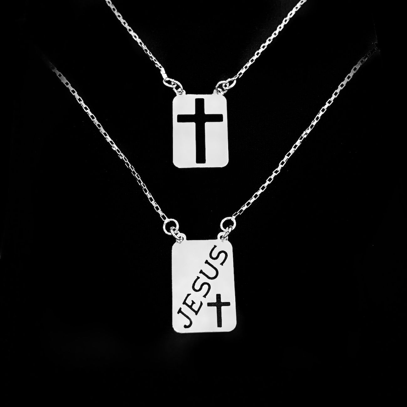 Escapulário Jesus e Cruz Vazada 60cm Cubinho (Banho Prata 925)