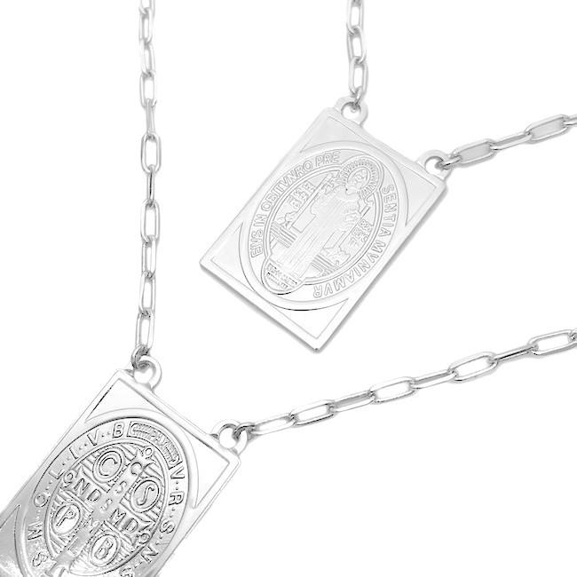 Escapulário São Bento + Oração (Pingente 3cmx2,1cm) Carrier Diamantada 2,8mm 60cm (16,2g) (Banho Prata 925)