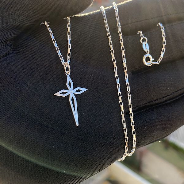 Kit Prata 01 Corrente Cubinho 1,5mm 60cm + Crucifixo PR93 (Prata 925 Maciça)
