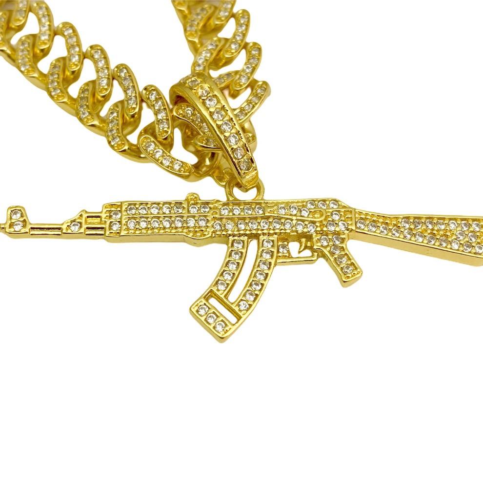 Pingente Arma AK47 Cravejada em Zircônia (6cmX2,4cm) (Banho Ouro 24k)
