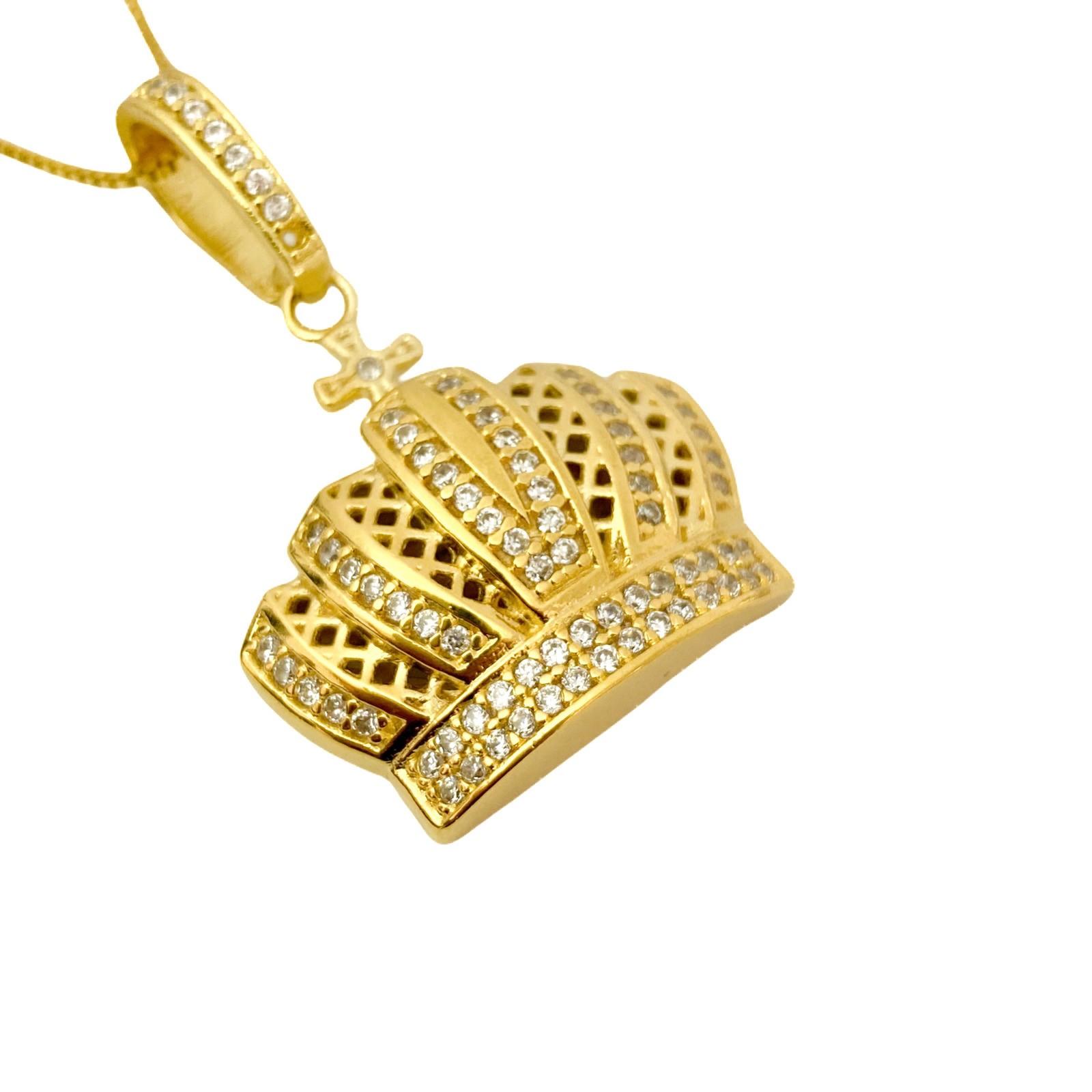 Pingente Coroa Cravejado em Zircônia 11g 3,1cm X 3cm