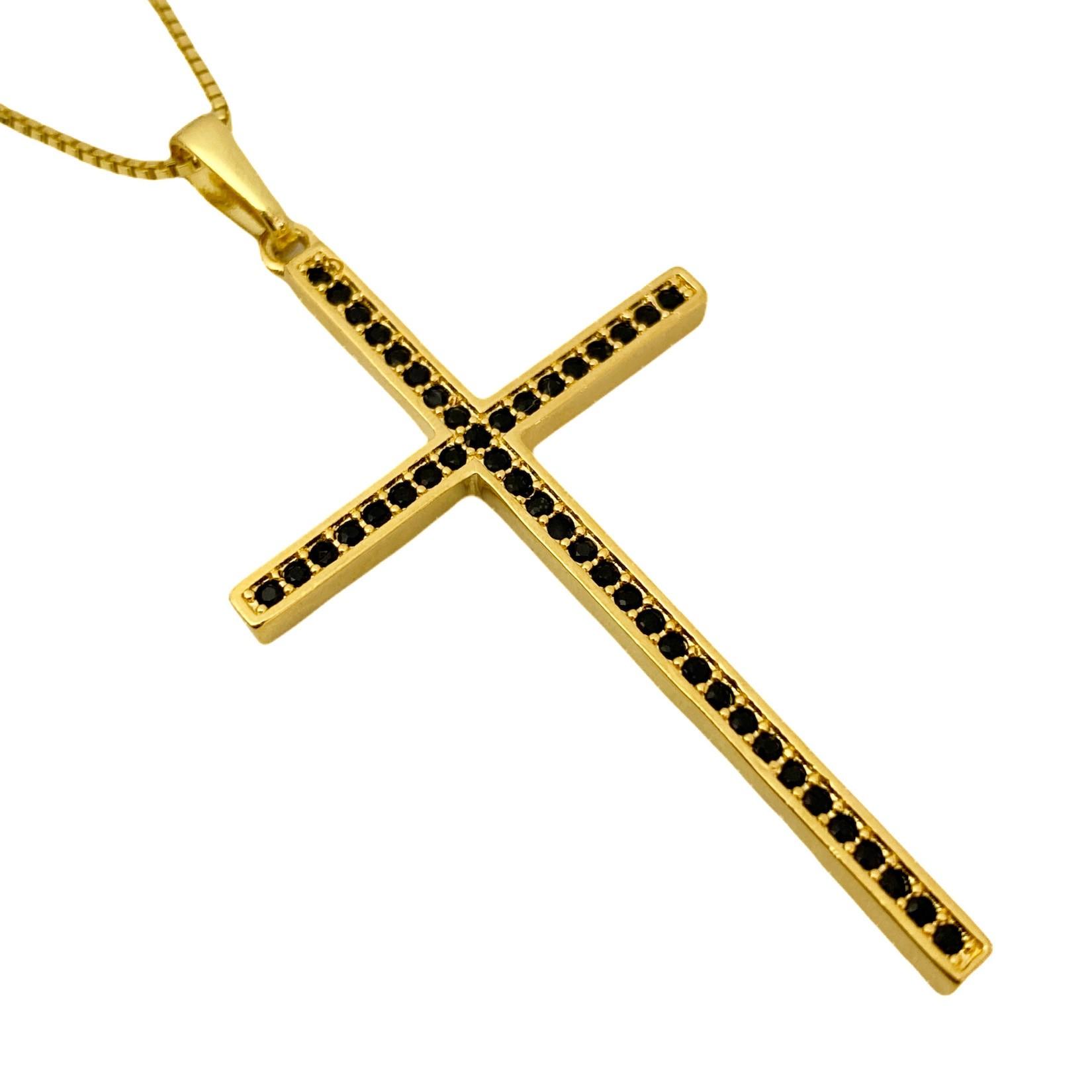 Pingente Crucifixo Cravejado em Zircônia 4,8cm X 2,9cm