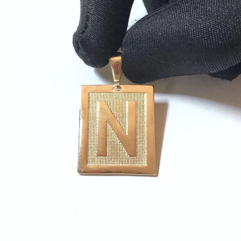 Pingente De Letra 2,9cm X 2,4cm 9g (Entre e escolha a sua letra)
