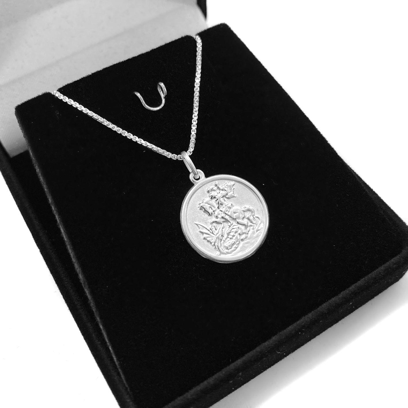Pingente Medalha São Jorge 1,6cm x 1,6cm (Prata 925 Italiana)