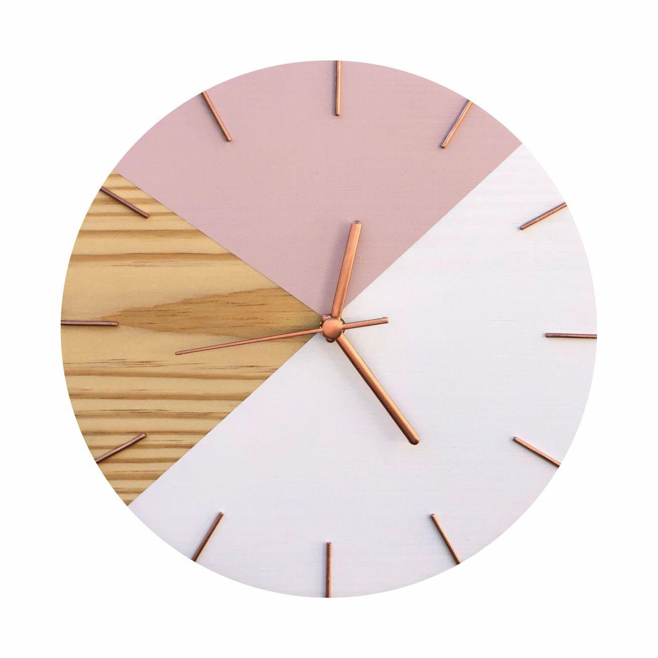 Relógio de Parede Em Madeira Geométrico Rosa e Branco Minimalista com Ponteiros em Rose Gold