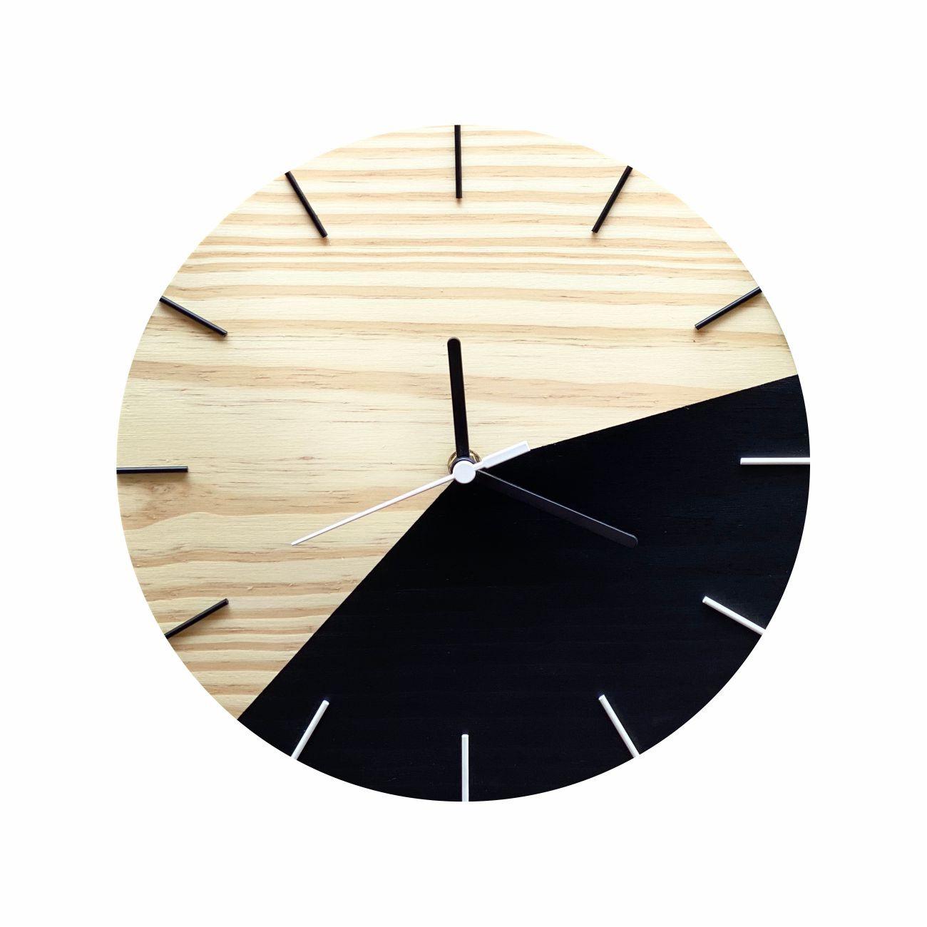 Relógio de Parede Minimalista Preto e Branco 28cm
