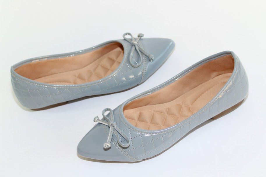 Sapatilha Victoria Bico Fino Azul Verniz Matelassê