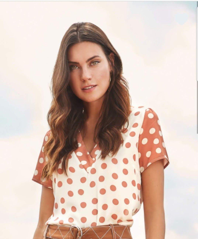 2e3b9c56a952 Blusa crepe poá decote v - RIX Fashion Store