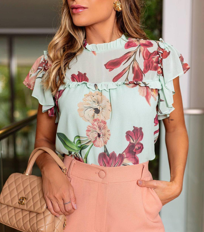 Blusa print floral com babados