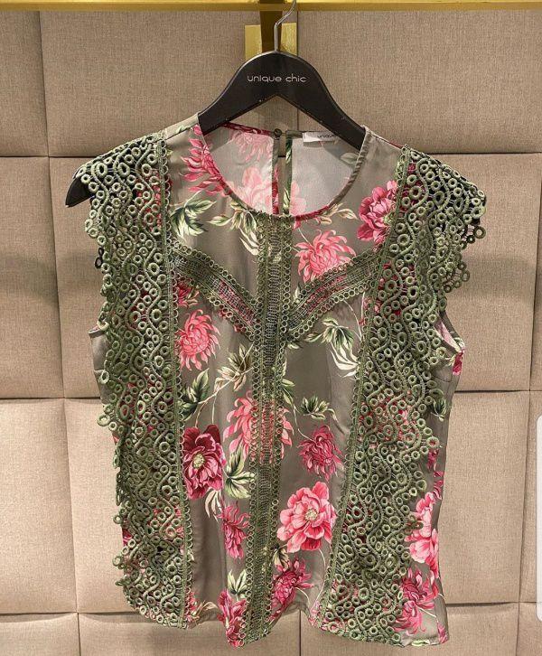 Blusa floral renda