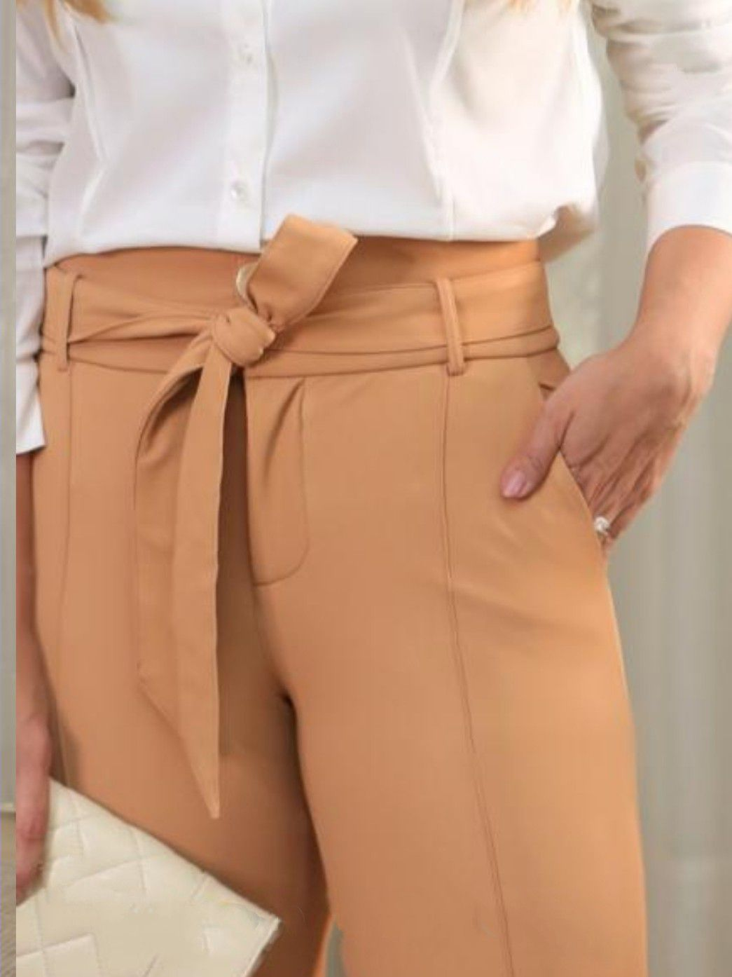 Calça couro skinny amarração