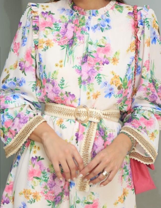 Vestido floral curto
