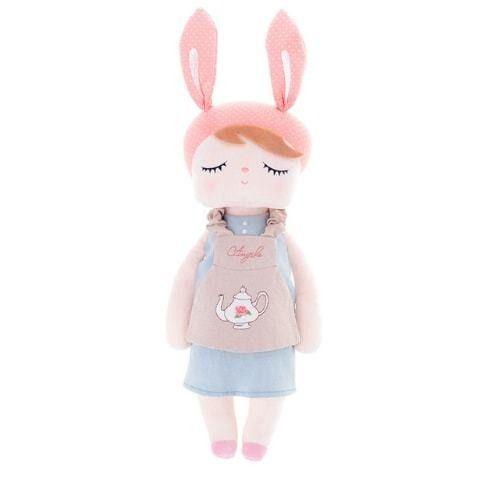 Boneca Angela Avental Bege - Metoo Doll