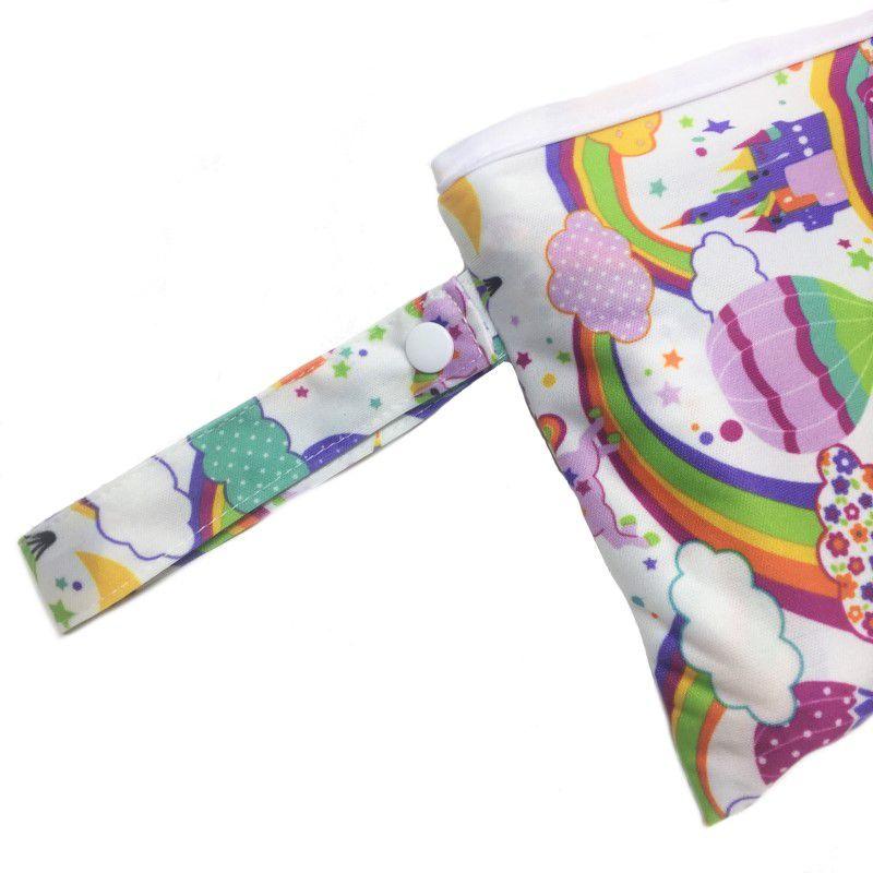 Trocador portátil Arco Iris e unicórnio - Baby