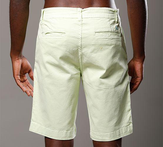 Bermuda Comfort Verde Lima