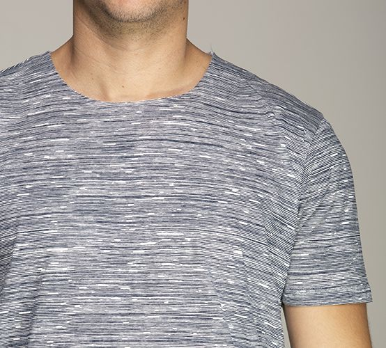 Camiseta Reflexo Listras Marinho