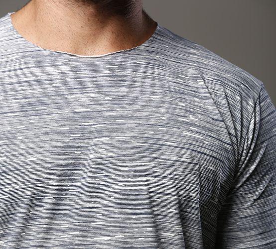 Camiseta Reflexo Listra Marinho Long