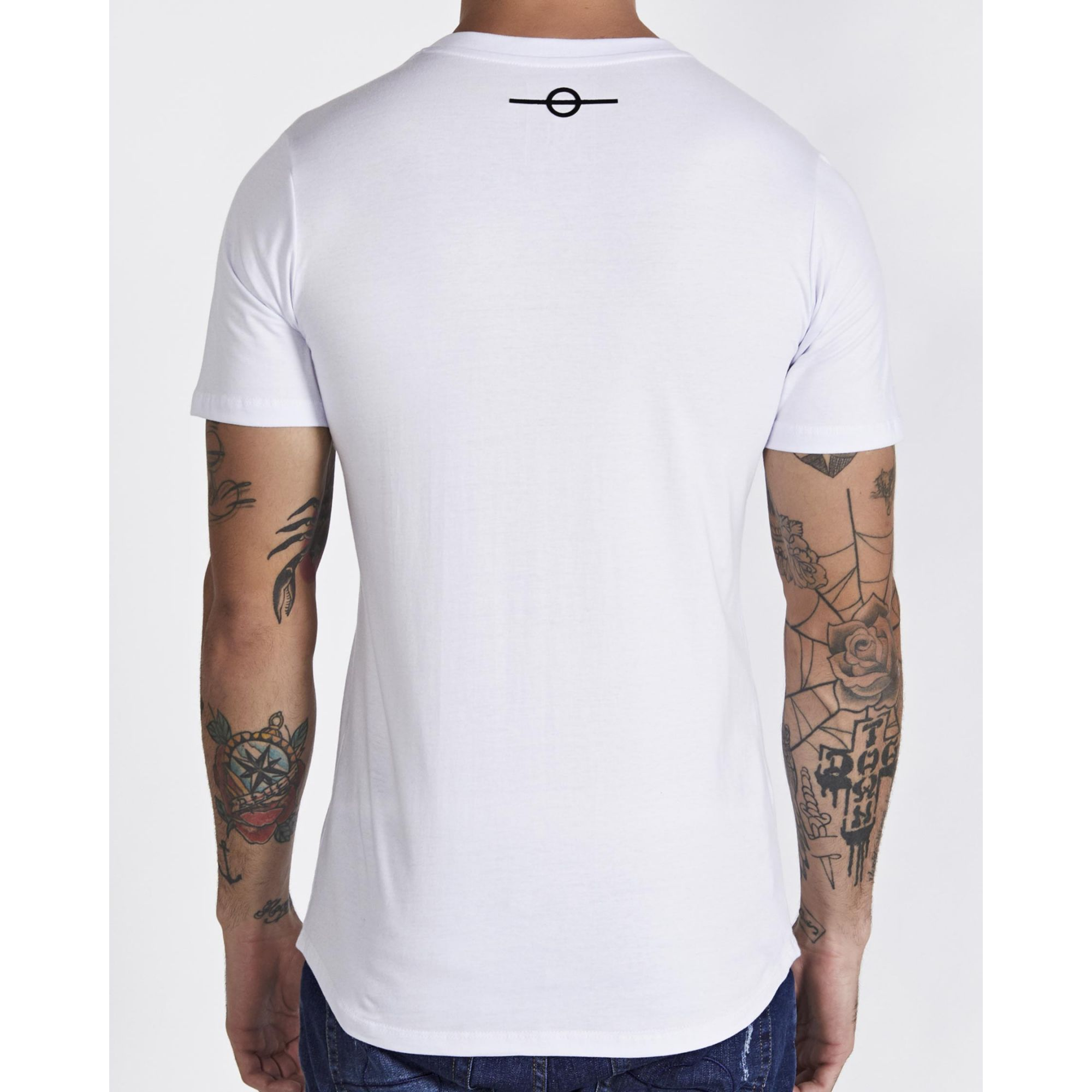Camiseta Buh Basic Plaquinha White