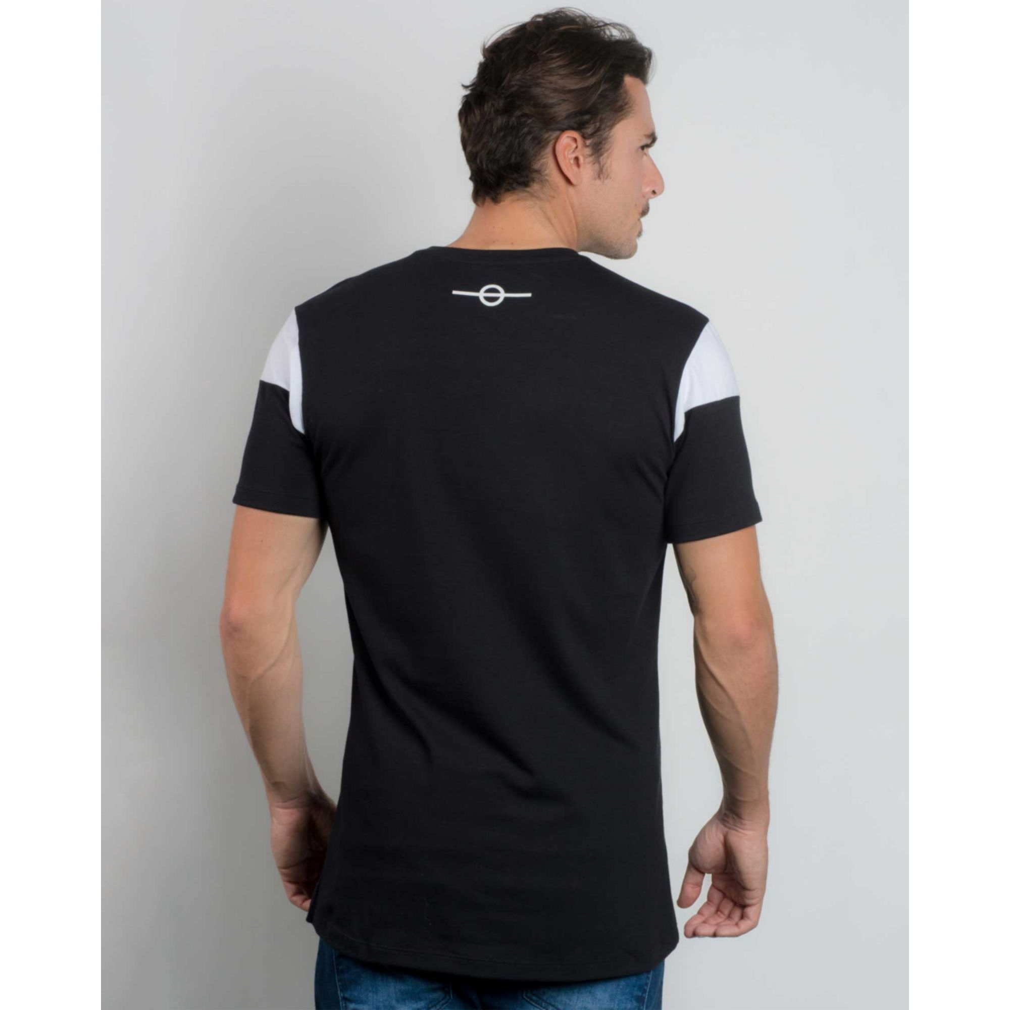 Camiseta Buh Bicolor Metal White & Black