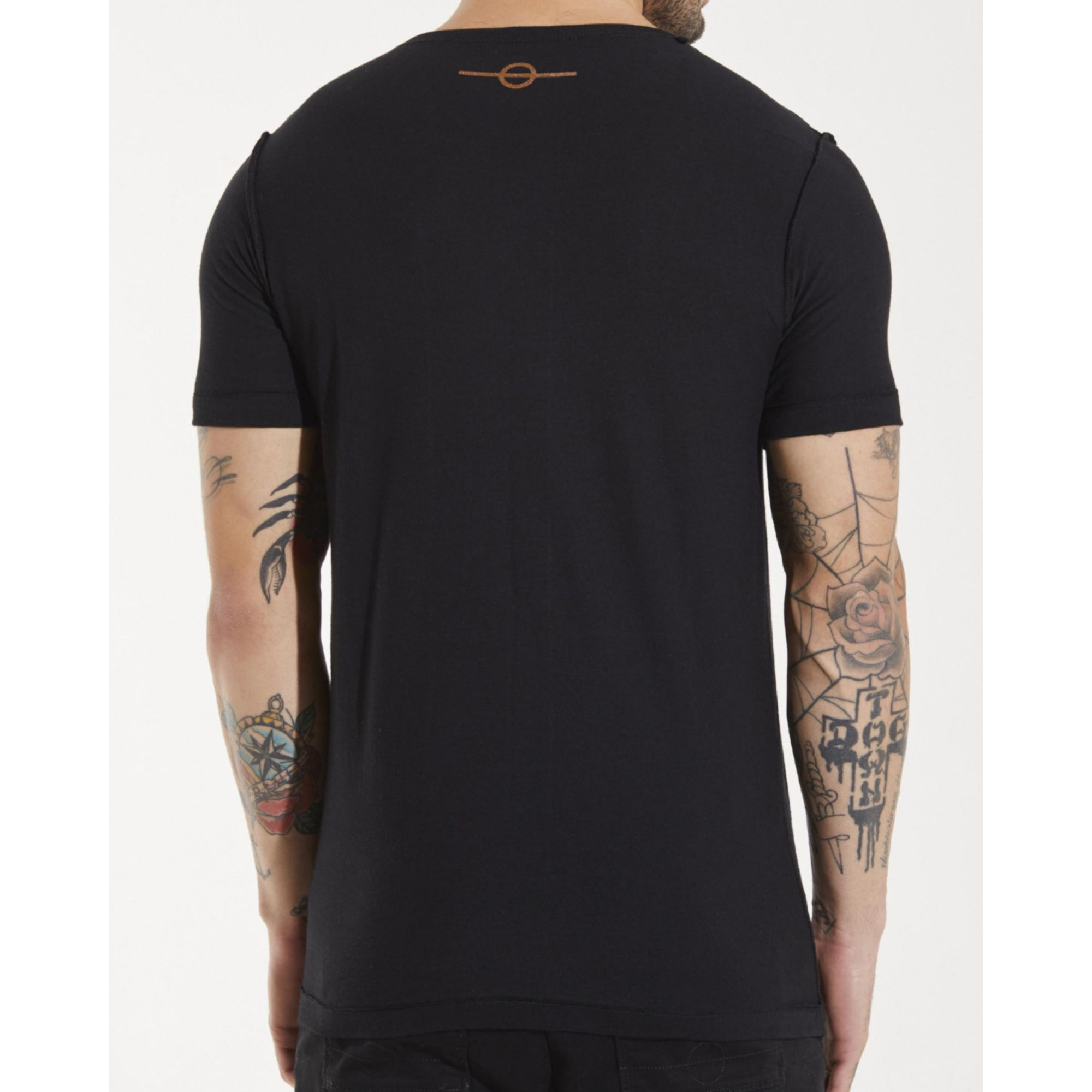 Camiseta Buh Dupla Face Foil Black