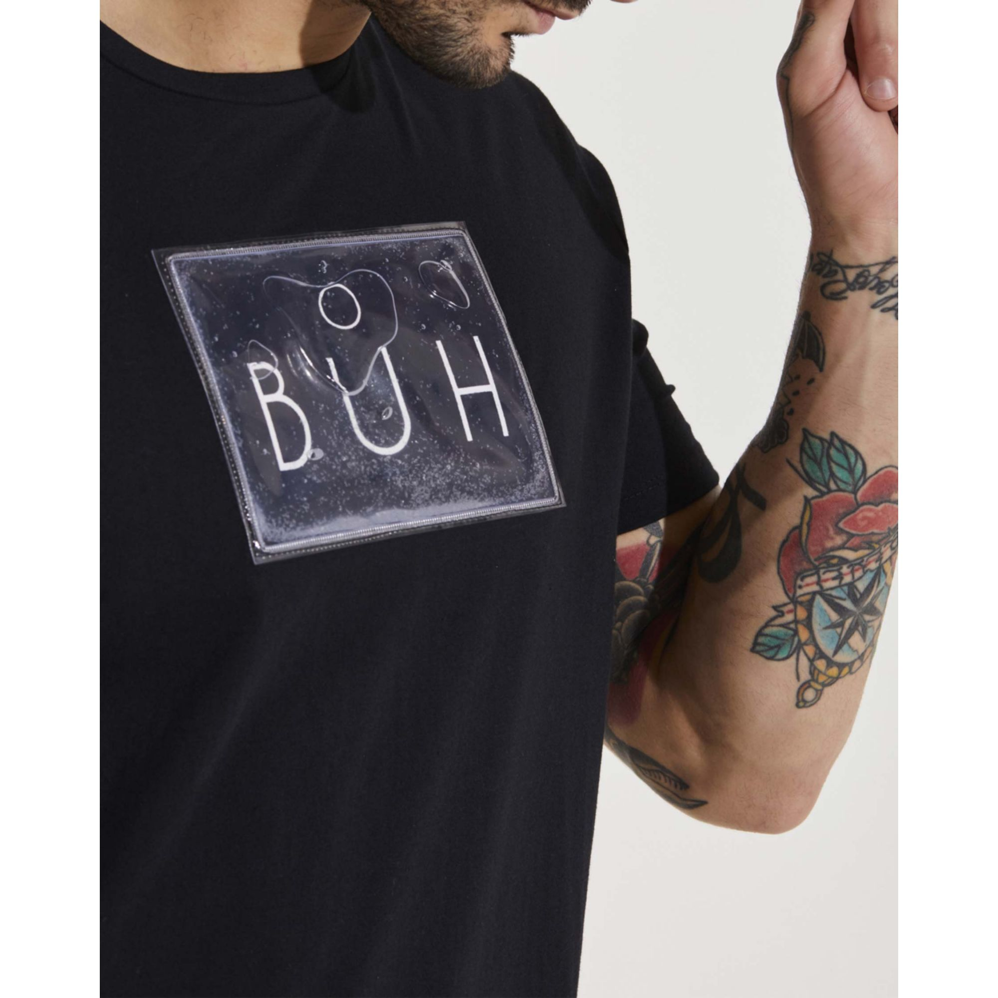 Camiseta Buh Glitter Gel Black