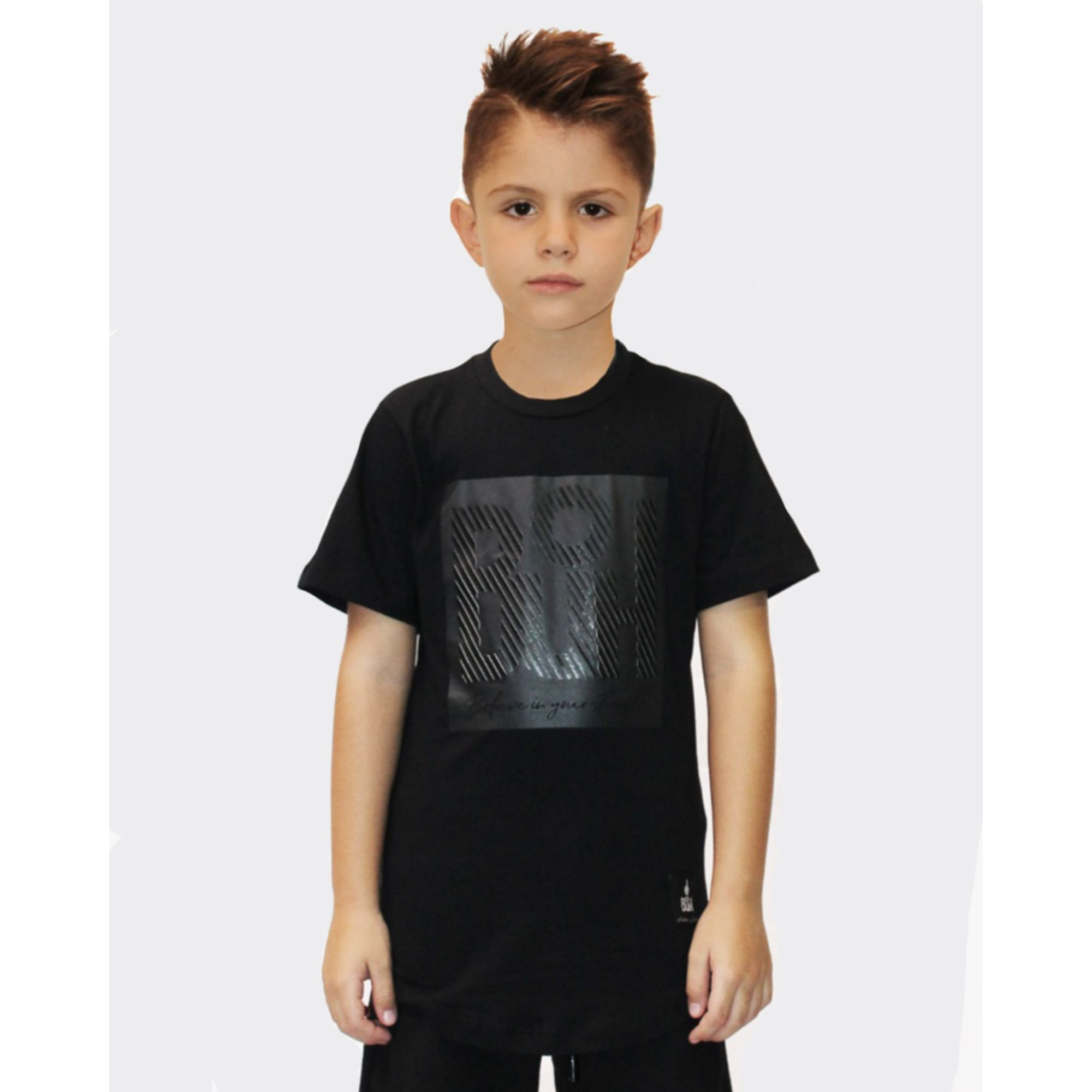 Camiseta Buh Kids Square Believe All Black