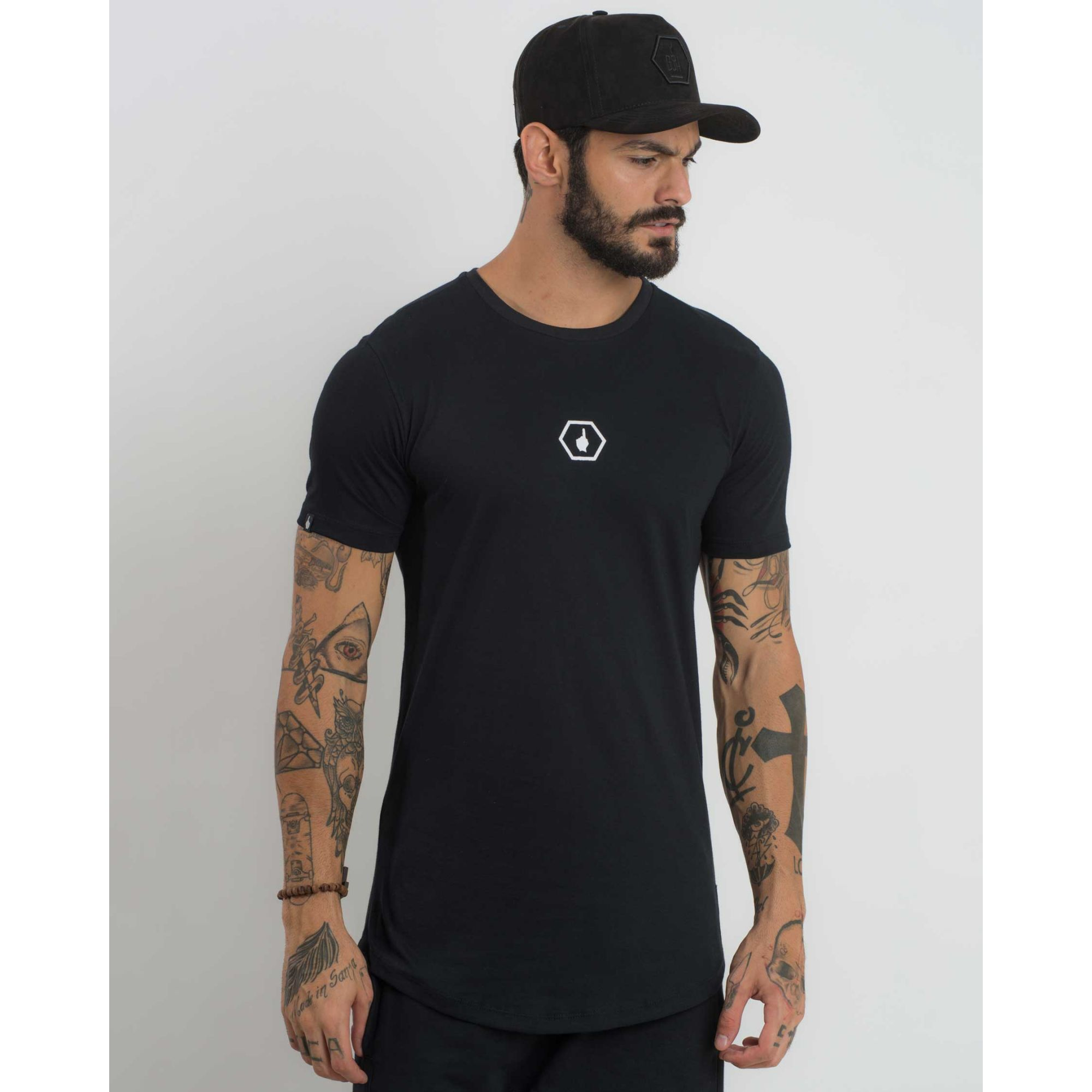 Camiseta Buh Meia Malha Logo Chest Black