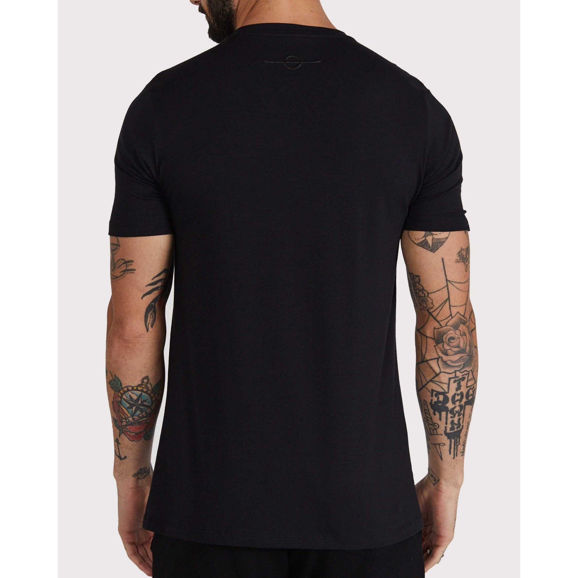 Camiseta Buh Onça Black
