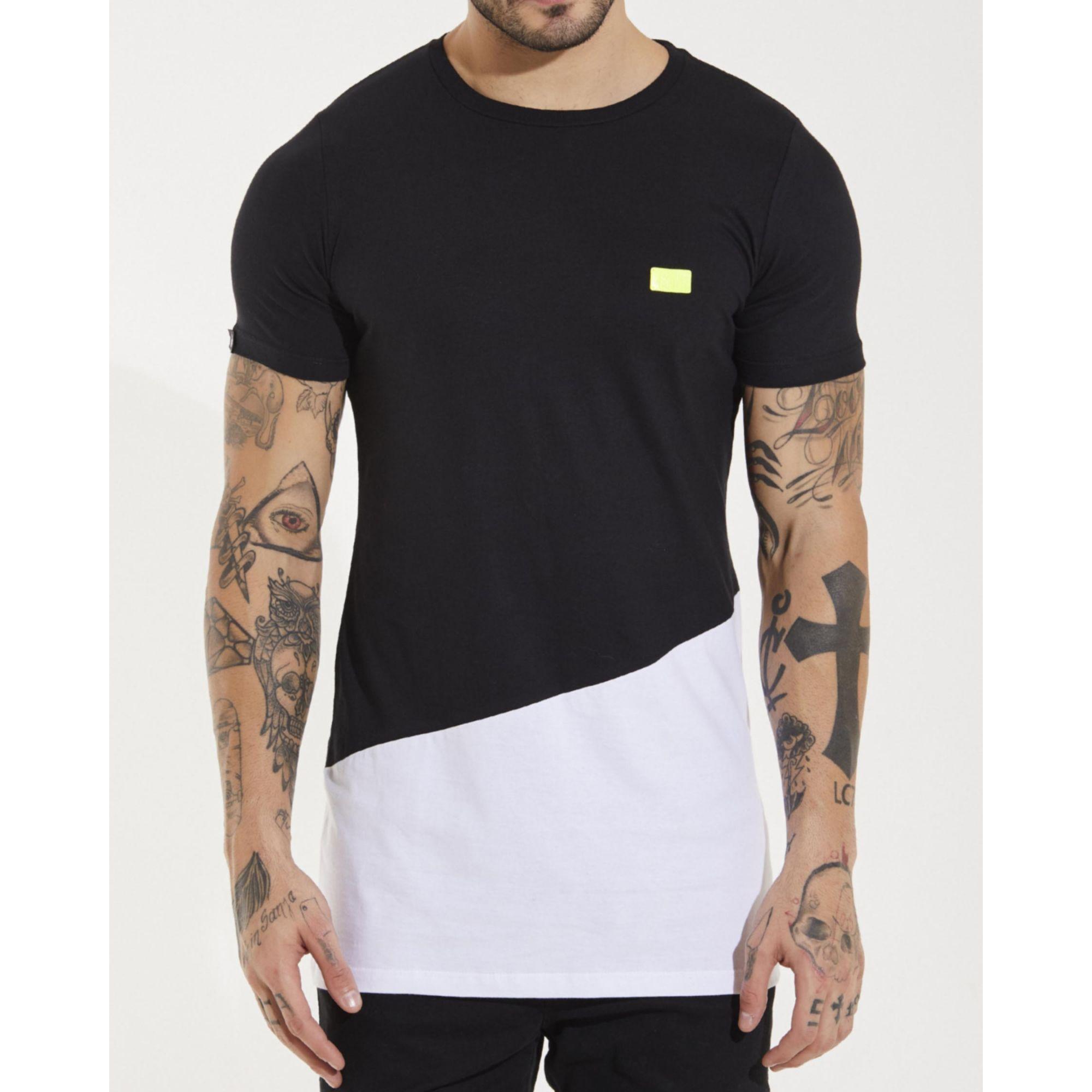Camiseta Buh Placa Bicolor Black & White