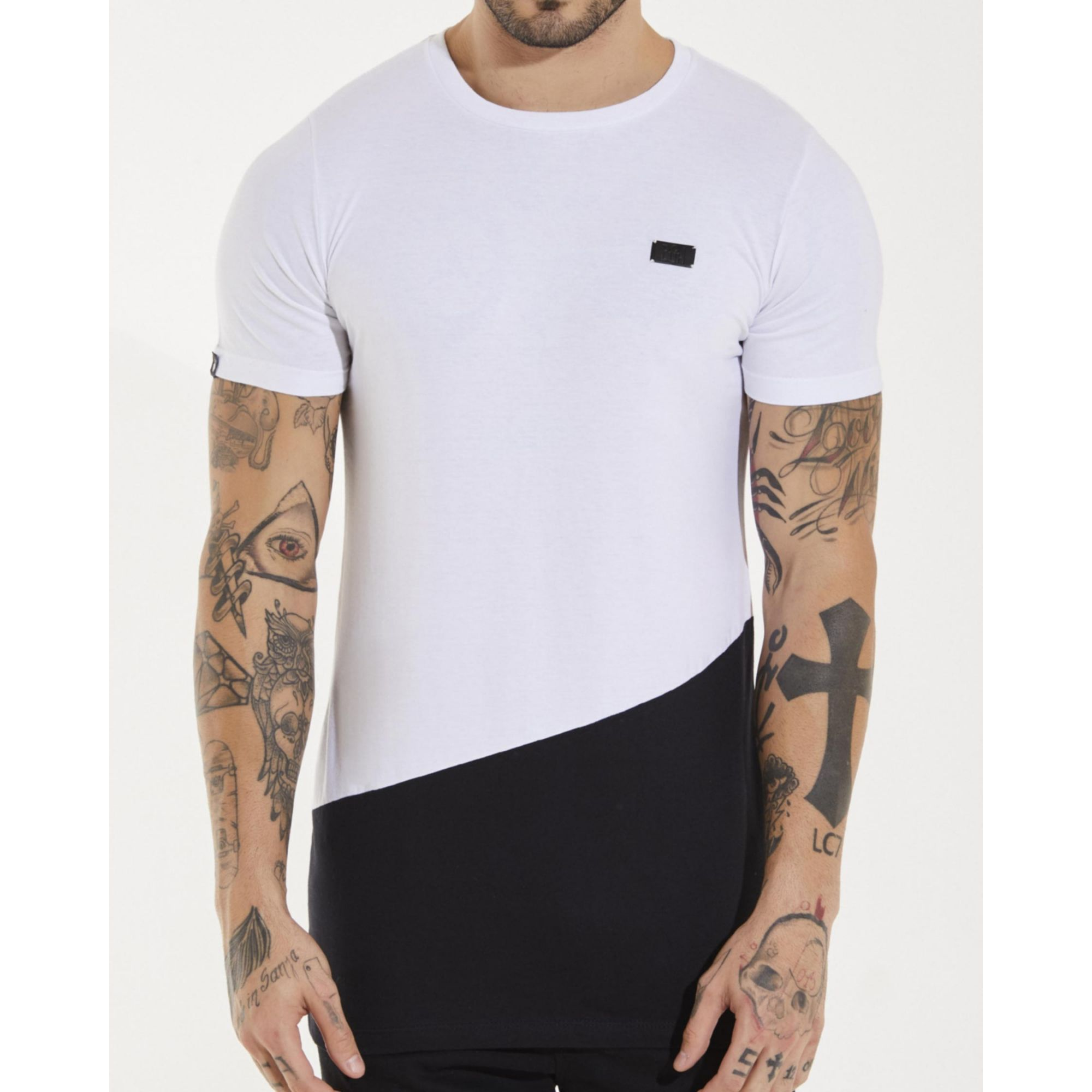 Camiseta Buh Placa Bicolor White & Black