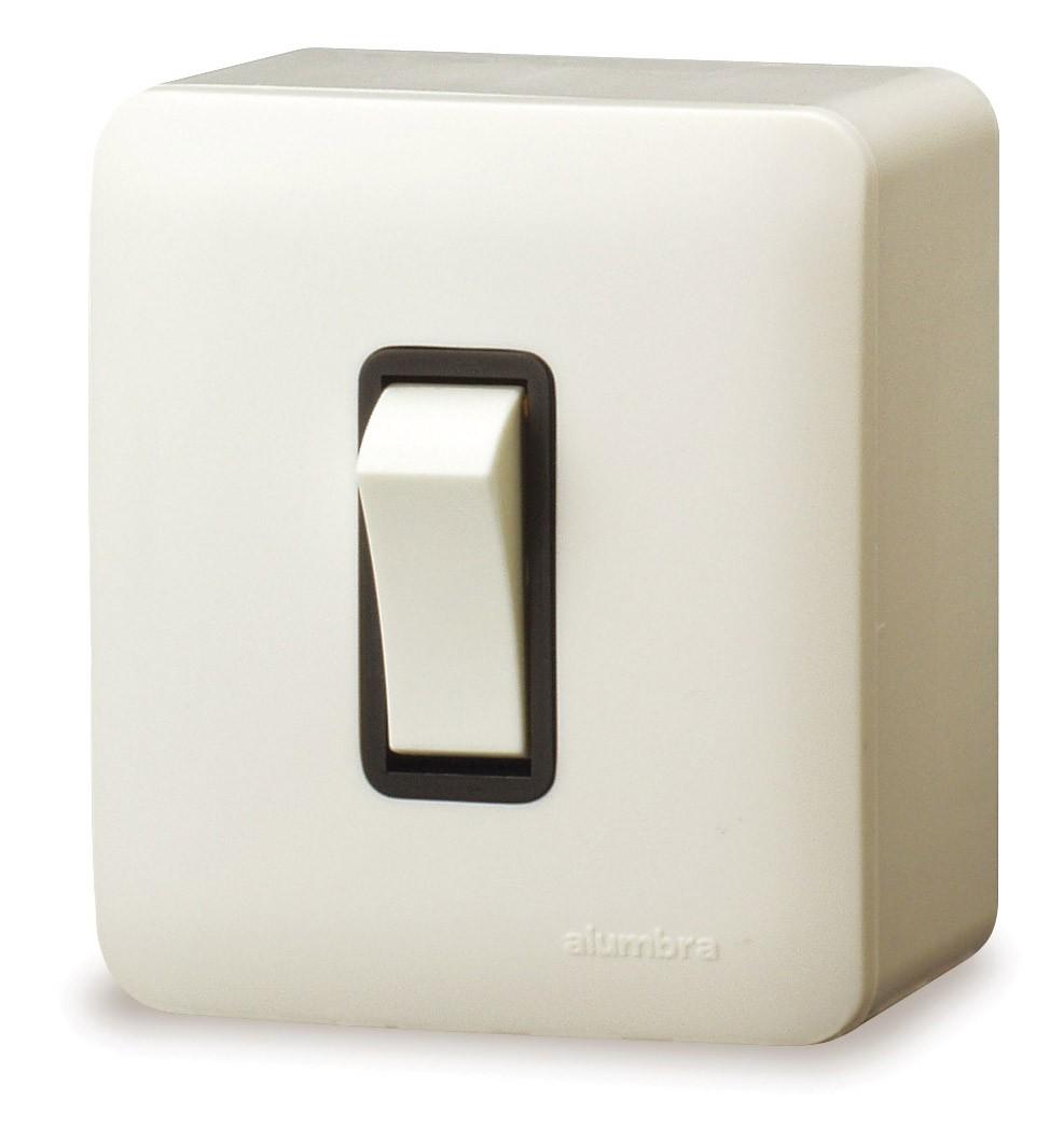 Conjunto De Sobrepor 1 Interruptor Intermediário Com  Placa - Branco - Alumbra - Linha A