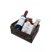 Cesta de Presente com Vinho Uruguaio 375ml