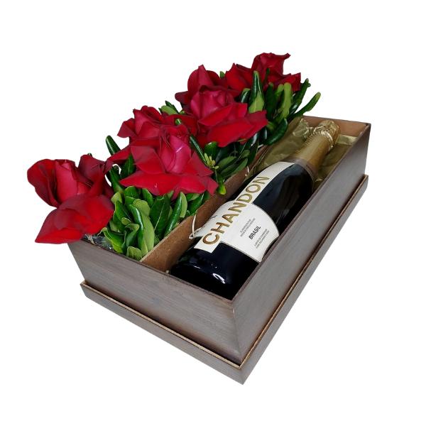 Box de Presente Chandon e Rosas